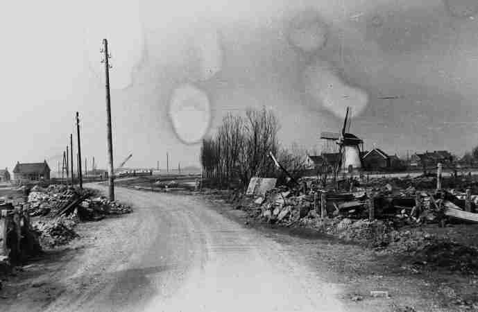 Remains of slood damage in Elkerzee
